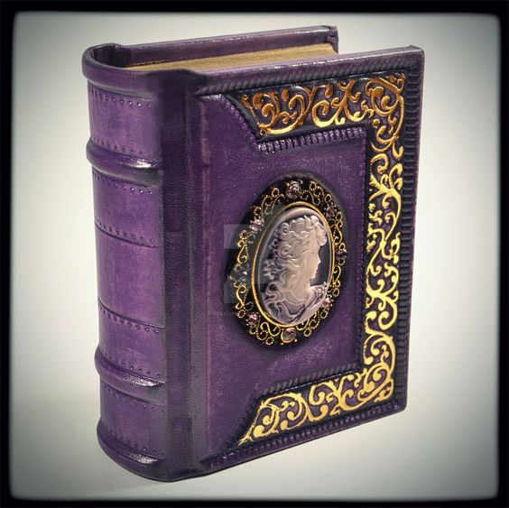 http://katlinegrey.deviantart.com/art/Purple-Secrets-410685519