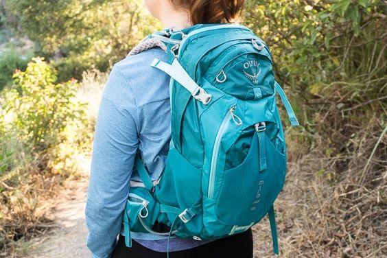 woman packpack
