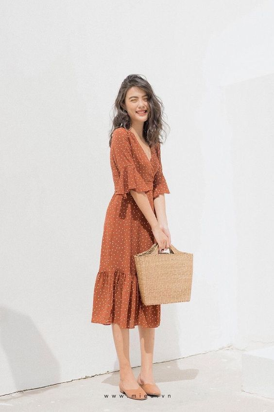 Sweet Summer Dresses You Must Try Right Now. Women's Fashion. Summer Dress. Casual Style. #summer #fashion #outfits #chic