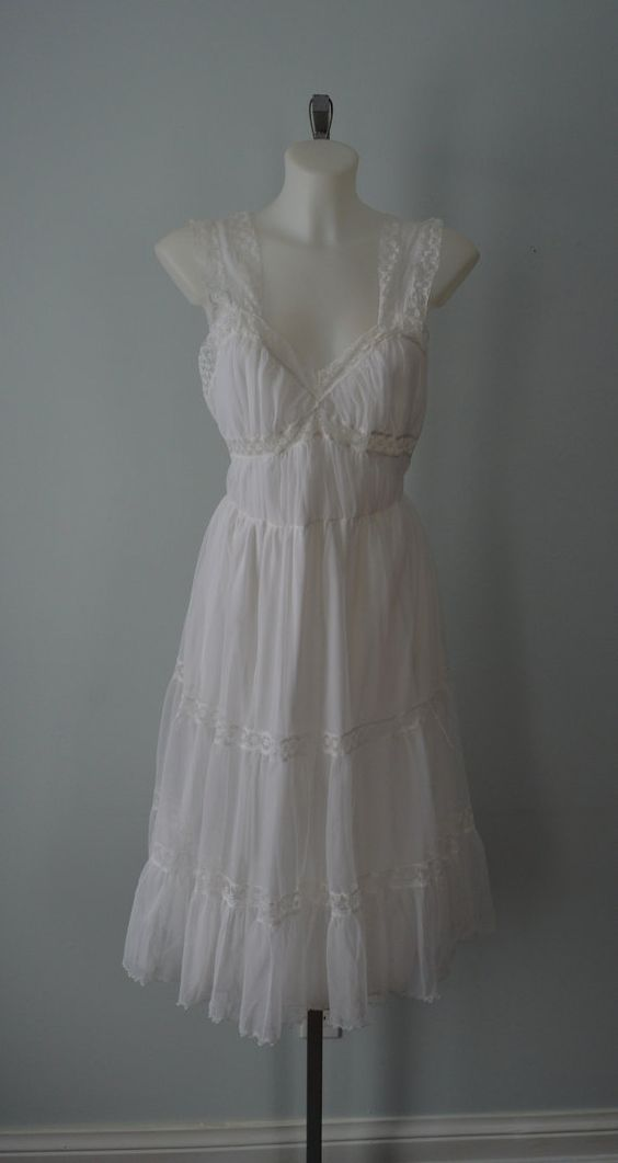 Vintage Nightgown 1950s Nightgown Dorsay Vintage by MadMakCloset