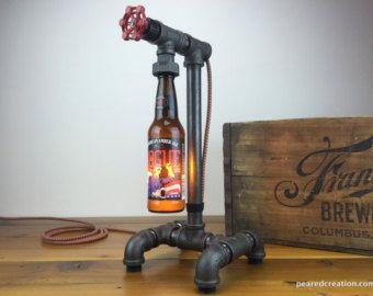 Tavolo vintage lampada stile industriale di newwineoldbottles