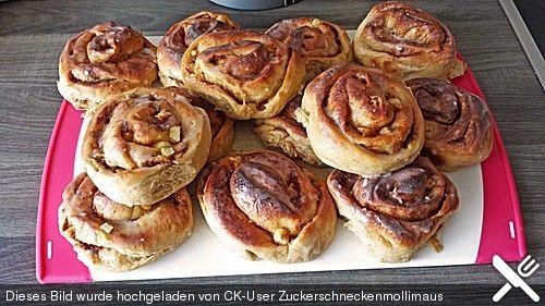 Vegane-Apfel-Zimtschnecken http://www.chefkoch.de/rezepte/2598681408229952/Vegane-Apfel-Zimtschnecken.html