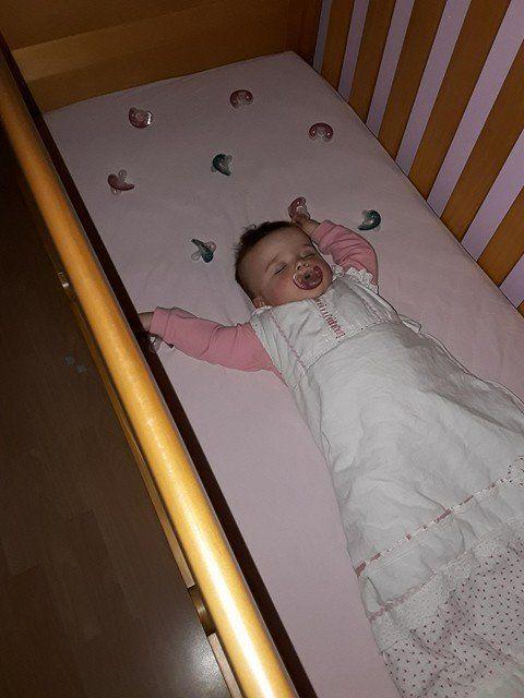 Genius Parenting Hack To Help Babies Self Soothe While Sleeping Is