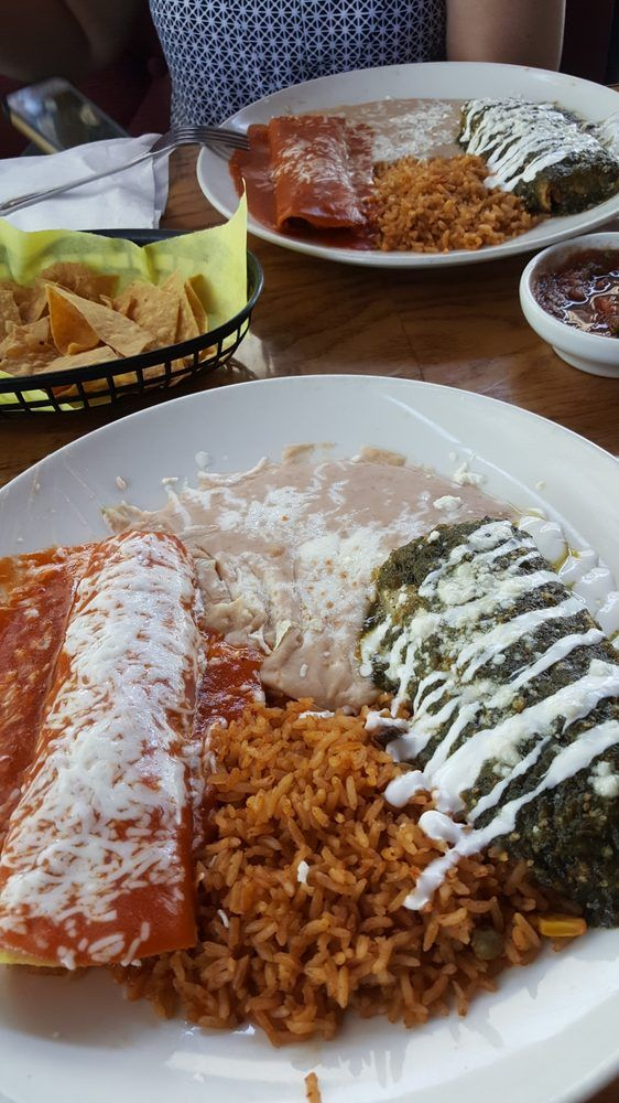 Ever Had A Two Item Combo Now Is The Time We Are Open And Getting Busy Fast Join Us Fresno 559 207 39 In 2020 Chips And Salsa Mexican Food Recipes Seafood Dishes