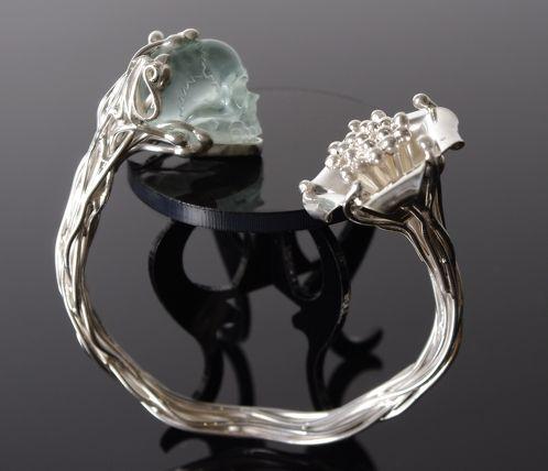 Mademoizelle Sefra's Bracelet in 925 sterling silver . Skull is hand carved in crystal