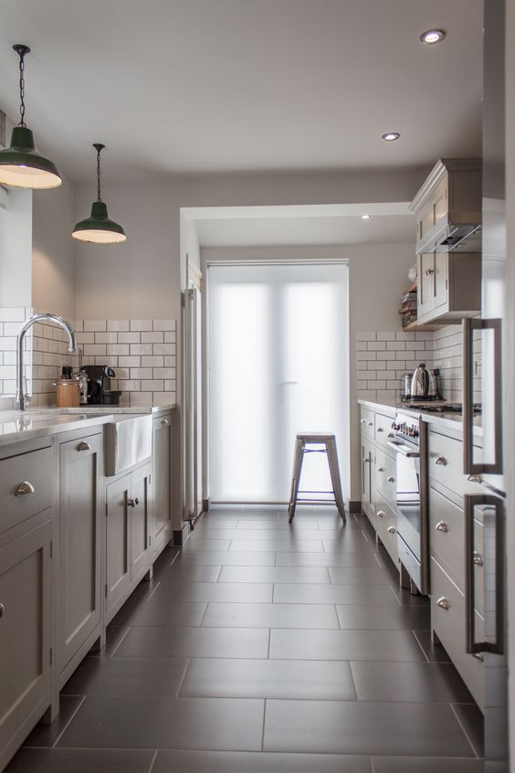 04/01/16 - This would be my perfect kitchen right now. Spacious, fresh, uncluttered and clean looking