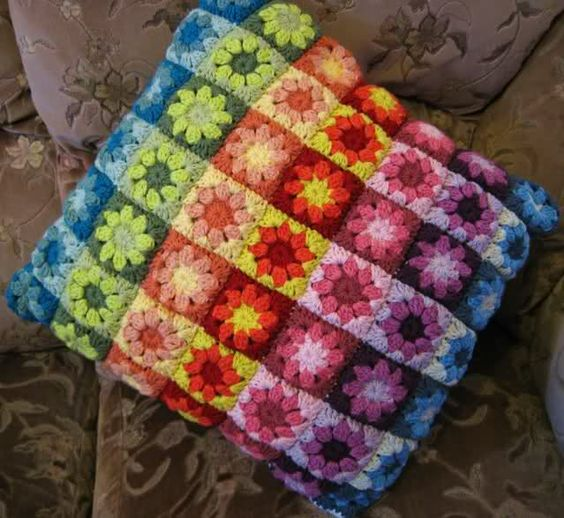 Crochet Pattern Granny Square Pillows : Summer garden, Crochet pillow and The square on Pinterest