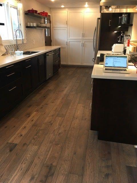 Novella Faulkner Kitchen Floor Installation Des Moines Wa Hallmark Floors Flooring Floor Installation Gorgeous Kitchens
