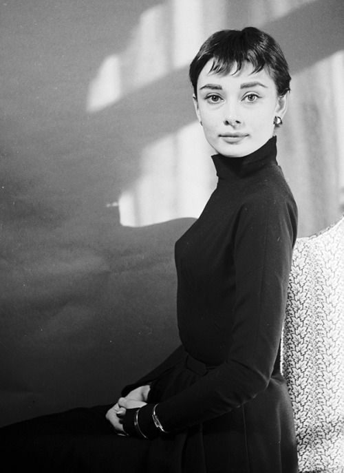 Audrey Hepburn and husband Mel Ferrer photographed by Cecil Beaton at his London house at Pelham Place on March 29, 1954.  D's Blog Favorites (104)