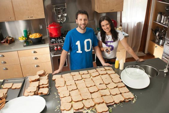 Fun Super Bowl Party Menu Ideas, Cocktails and Tips >> http://blog.diynetwork.com/maderemade/2014/01/31/good-to-know-last-minute-super-bowl-party-tips?soc=pinterest