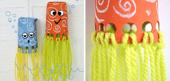 Pulpo con materiales reciclados manualidades - Manualidades con vasos ...