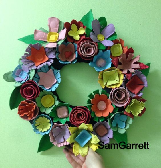 Egg cartons recycled crafts and wreaths on pinterest for Recycled craft ideas for adults