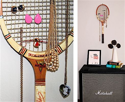 Tennis racket jewelry display