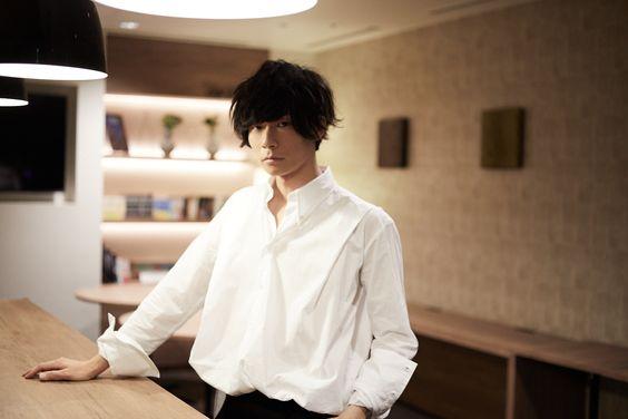 川上洋平シャツが似合うかっこいい壁紙