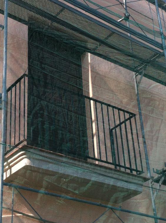 Baranda para balcón en tubo de hierro para pintar