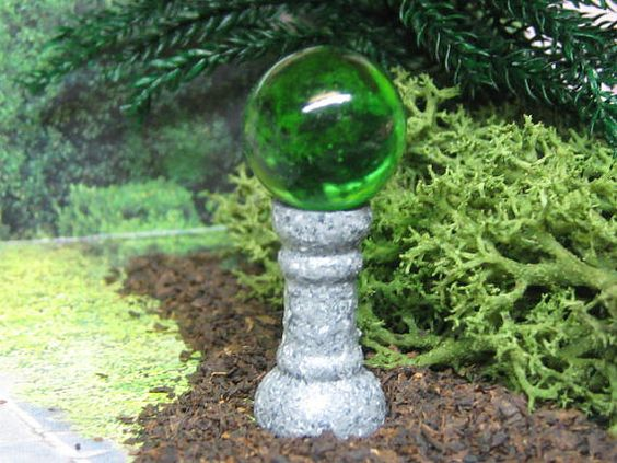 Dollhouse miniature garden globe gazing ball fairy garden 112