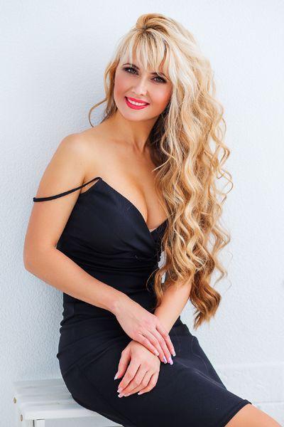 sublime femme ukrainienne ekaterina 35 ans de nikolaev ukraine rencontrez de belles et. Black Bedroom Furniture Sets. Home Design Ideas