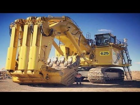 Biggest Dangerous Excavator Modern Construction Extreme Heavy Work Operator Youtube Earth Moving Equipment Heavy Equipment Heavy Construction Equipment