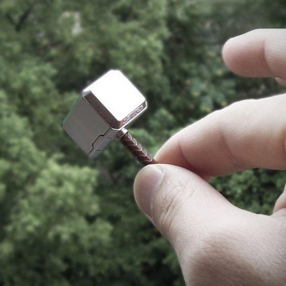 Le marteau de Thor, le nouveau couteau-suisse