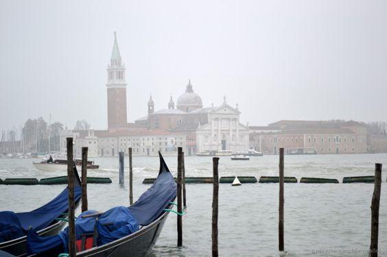 Venecia con niebla