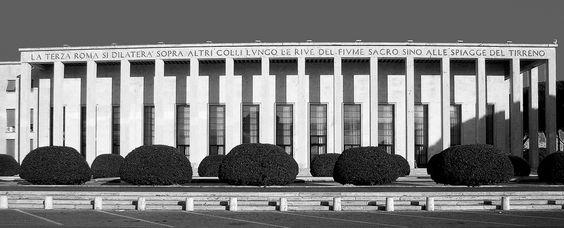 Palazzo degli Uffici dell' Ente Autonomo EUR. One of the buildings of the Esposizione Universale di Roma in Rome built from 1937 onward.