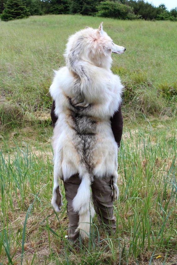 White wolf headdress by Lupa of http://www.thegreenwolf.com