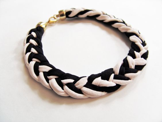 Braid Black  Nude Necklace/ Statement por PourAngelique en Etsy, $34,00