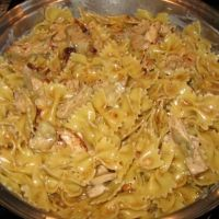 Carino's Spicy Romano Chicken - a family fav!! Note: use 1/2-3/4 tsp Cayenne til you know how spicy your family likes it. Also, use half and half, not cream - maybe even 2%? maybe 1/2 the black pepper too. It's very spicy!