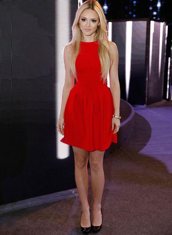 isabelle-drummond-vestido-vermelho-street-look: