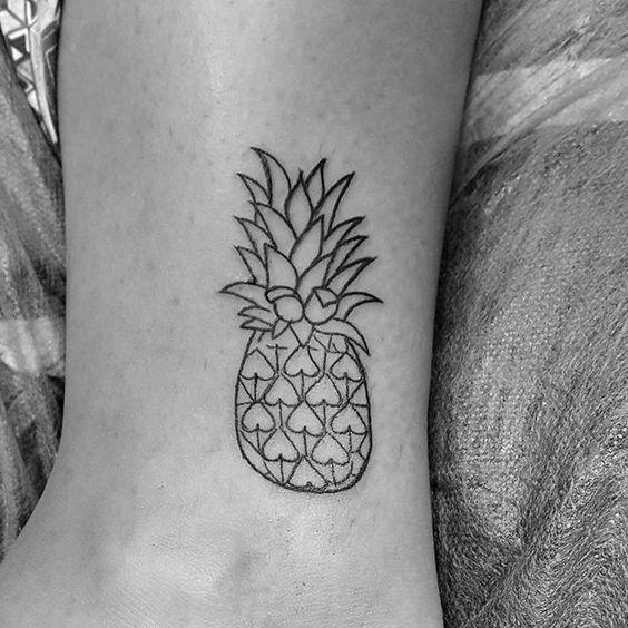 """Tatuagem feita por <a href=""""http://instagram.com/juniorogheritattoo2"""">@juniorogheritattoo2</a> ❤️ Juniorogheri Loja kiko tattoo Gávea. Shopping da Gávea lj 345. Rio de Janeiro, Brasil."""