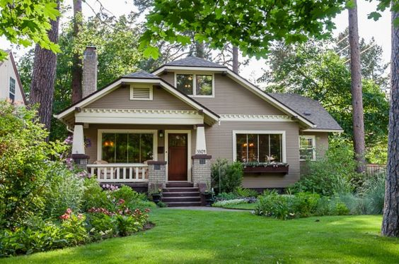 1920s Bungalow for sale in Spokane WA. From Hooked on Houses. I just LOVE craftsman.