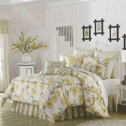 Mary Janes Home Watercolor Floral Queen Comforter Set By