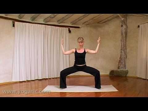 ▶ Maangroet, heerlijk voor in de avond of tijdens je maandelijkse cyclus. Yoga, the Moon Salutation - YouTube