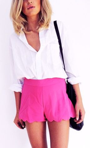love the shorts: Summer Outfit, Summer Style, Pink Scallop, Scallop Short, White Top