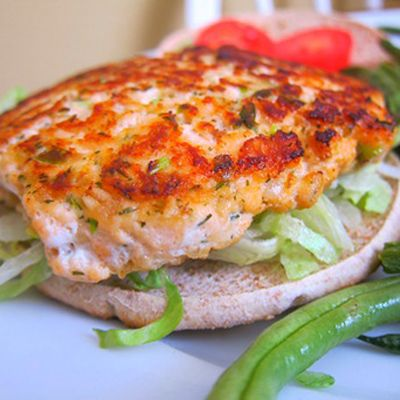 Salmon burger with whole-grain oats...perfect light and refreshing summer meal!