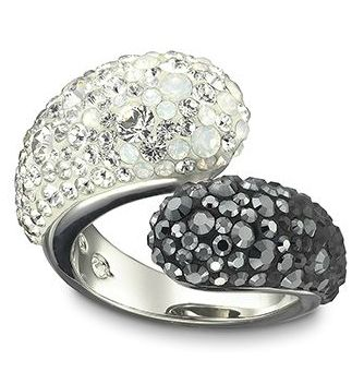love this louise black and white ring swarovski ring. Black Bedroom Furniture Sets. Home Design Ideas