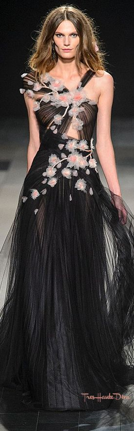 #Marchesa Spring 2018 RTW #NYFW #NYFWss18 pink & black evening gown
