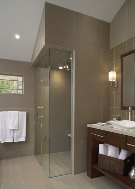 Corner showers glass panels and showers on pinterest for Floor to ceiling glass panels
