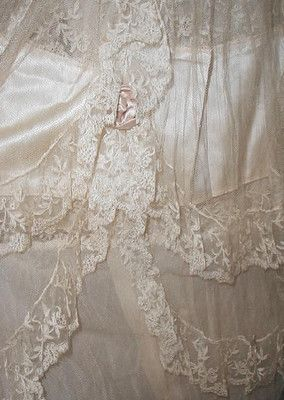 Exquisite,Paris,1920s French Silk Lace Dress,Ivory w Pink roses