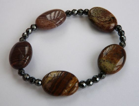 Fancy Agate Woodland Dream Stretch Bracelet £12.00