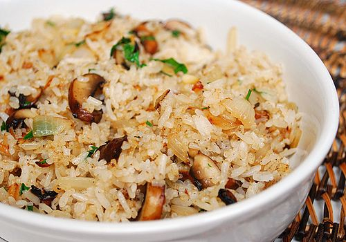 Mushroom Rice Pilaf: Brown Rice, Rice Recipes, Side Dishes, Chicago Mushroom, Rice Pilaf Recipes, Caramelized Mushroom, Girl Recipe