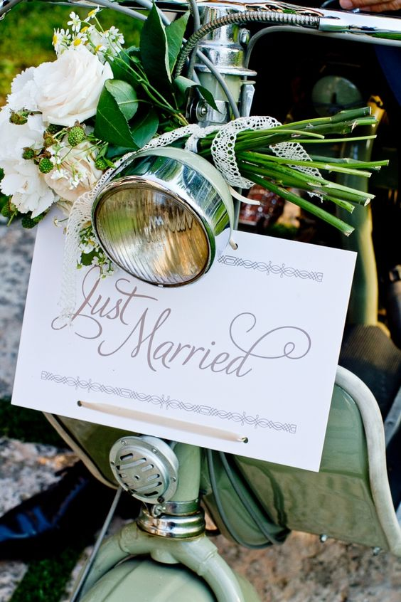 Just married vespa