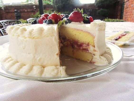 A Sue Chef: Whole Foods Chantilly Cake | MUST bake this ...