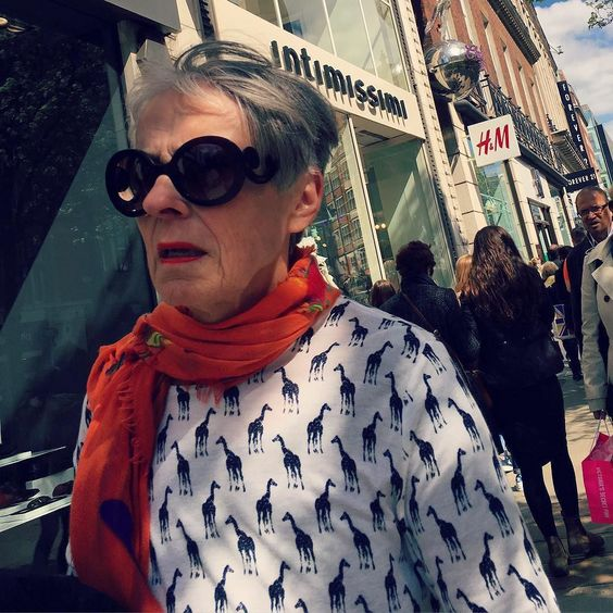 Oxford Street! #streetstyle #oxfordstreet #oxfordstreetstyle @oxfordstreetw1 #OXSTinsider @london @troy_wise @5by5forever #london #londonstyle #ldn #fashionmeetsthestreets #iastreetstyle #streetsoflondon #style #fashion #fashionphotography #fashionblogger #streetphotography #humansoflondon #loveit #fashionable #uk #britishfashion #spring2016 #2016 #ia #candid #thisislondon #instalike #instafashion #instastyle #rickguzman #troywise