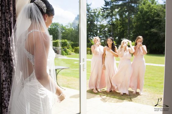 #Hogarths #Solihull #Bride #Bridesmaids #Prestigephotography #photography #happiness