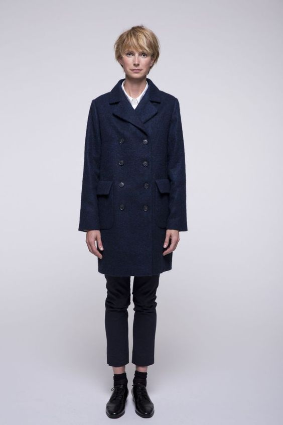 http://www.trench-and-coat.com/fr/toute-la-collection/588-manteau-marine-laine-alpaga.html