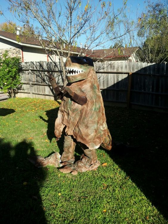 Rachel As A Dino Haha With Images Garden Sculpture Outdoor Decor Outdoor