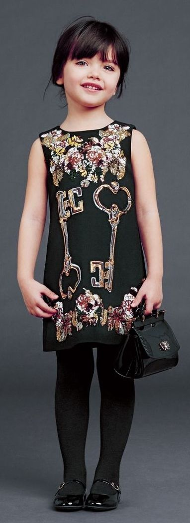 Dolce & Gabbana Winter 2015: