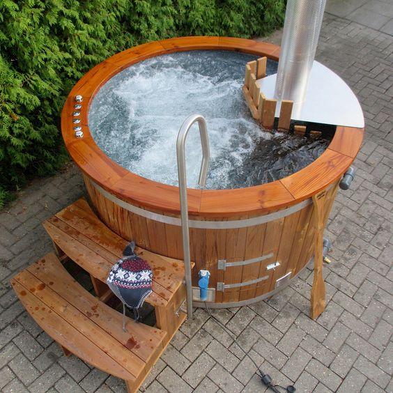 Garten whirlpool, Garten Jacuzzi, Aussen whirlpool, Hot Tub mit - ehemaligen thermalbadern modernen jacuzzi
