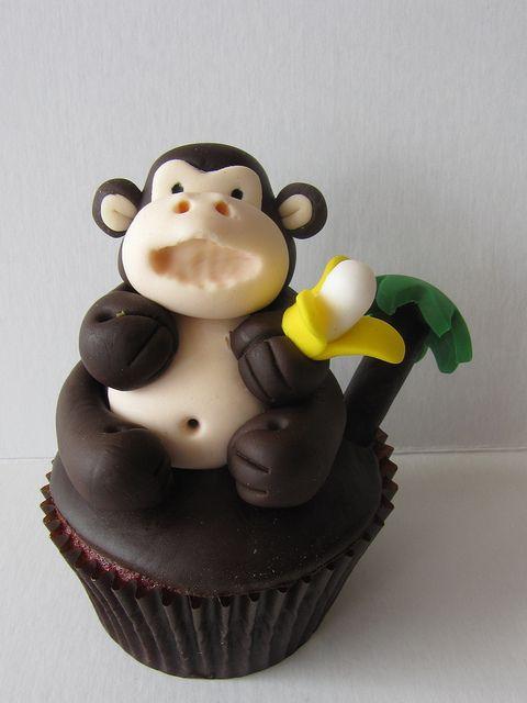 OMG!!! Monkey Cupcake!!!